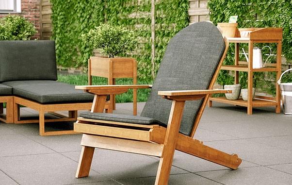 Genieten van de tuin met lounge stoelen voor buiten!